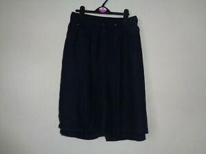 Arcadia Linen Blend Shorts Size 24