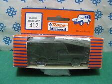 DODGE  AMBULANZ   - H0  Roco Minitank n° 412