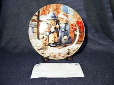 "M.J. Hummel Little Companions Collector Plate ""Tender Loving Care"" Mint 1989 Mib"