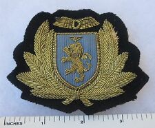 ORIGINAL 1970s Vintage BRITISH CALEDONIA AIRWAYS AIRLINES HAT CAP BADGE DEFUNCT