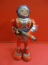 ALL ORIGINAL WIND UP MOON ASTRONAUT DAIYA ROBOT SPACE TIN TOY