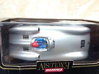Carrera 124 / Exc.  Mercedes Silberpfeil mit Schachtel  !!!