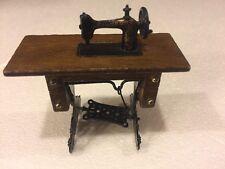 Vintage Miniature Singer Sewing Machine Figurine Dollhouse Tiny