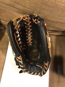 rawlings  Sg96t  13.5 inch baseball glove/softball Glove