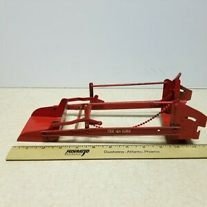 Toy Vintage Tru-Scale Front Loader Bucket Attachment for Farm Tractor 1/16 Red