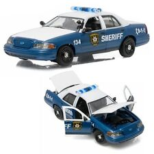 Greenlight 86504 Walking Dead Rick & Shane's 2001 Ford Crown Victoria 1:43 Scale