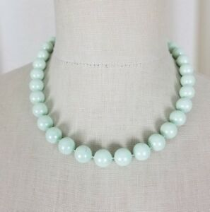 Single Strand Vintage Faux Pearls Seafoam Green Beads BEADED NECKLACE Choker