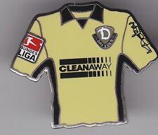 Dynamo Dresden  Pin / Pins: Trikot Pin -  beige  -  Cleanaway - mit BL Patch