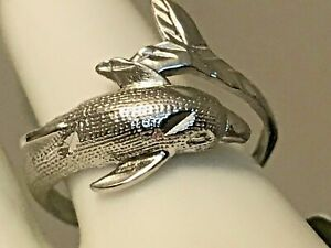 BRAND - NEW 10K SOLID GOLD ` DOLPHIN ` RING 2.28 GRAMS SIZE 6.5 + RING BOX