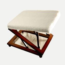 Chaises blancs en bois massif pour la maison