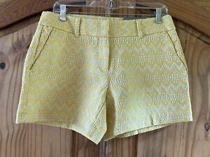Women's Ann Taylor Signature Yellow Chevron Flat Front Chino Shorts Size 4 - NWT