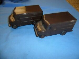 2 LOT Vintage 1977 UPS United Parcel Service Brown Delivery Truck HK & Keychain