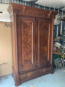 Biautiful Antique Victorian Armoire