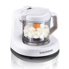 'Baby Brezza One Step Food Maker' from the web at 'https://i.ebayimg.com/thumbs/images/g/3XMAAOSwRUhY9eCZ/s-l225.jpg'