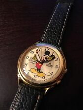Disney Lorus Melody Chime Alarm Mickey Mouse Easy to Read Quartz Wrist Watch
