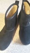 NEU-Clarks-Stiefeletten  Velourleder Gr.39,5,schwarz