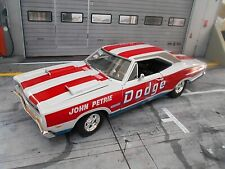 DODGE Charger 1969 Super Bee John Petrie drag Race Muscle Car V8 ERTL AMT 1:18