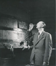COGNAC c. 1950-60 - Dégustation du Maître de Chai Cognac Charente - DIV 6978