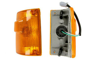 LEFT AND RIGHT CORNER LIGHT TURN SIGNAL ISUZU TROOPER 1987-1991 8-94424044-1