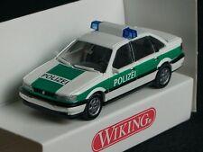 Wiking VW Passat Limousine POLIZEI gruen-weiss - 0104 04