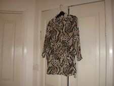 Ladies Blouse  Size 12  Designs Millers 3/4 Sleeves Cream Fawn & Black Polyester