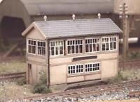 Ratio - 223 - N Gauge GWR Wooden Signal Box (inc. interior)