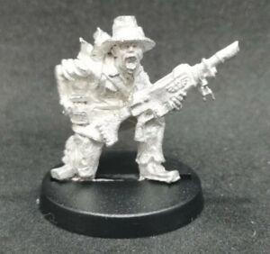 Colonel Schaeffer's Last Chancers Fingers Scrounger Metal OOP 1999 Warhammer 40k