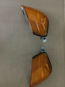 mercedes-benz 500 sl-class R129 front left & right front OE yellow signal lenses