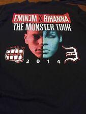 Eminem X Rihanna The Monster Tour Concert T-Shirt Large  2014 Detroit Pre-Owned