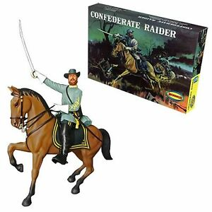 Moebius Models re-issue of Aurora Confederate Raider MODEL KIT new in the box