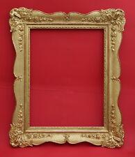 Spiegelrahmen 19. Jahrhundert  - Holz, Ornamente Masse, vergoldet    (# 2233)