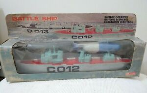 VINTAGE BATTLE SHIP CO12 DESTROYER BATTERY OPERATED TOY LUCKY HONG KONG BOXED