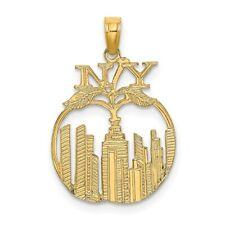 14K Yellow Gold New York Skyline In Apple Pendant K8901