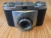 ZEISS IKON CONTINA Film Camera With NOVICAR ANASTIGMAT 1:2.8 F=45mm Lens