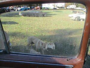 48 49 50 PACKARD 4 DOOR RIGHT PASSENGER FRONT WINDOW GLASS