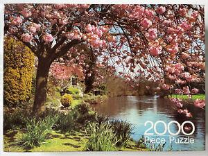 Vintage Arrow Games 2000 Piece Jigsaw Puzzle 'Cottage, Devon' The Royal Arrow