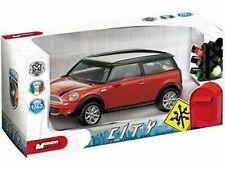Voitures de tourisme miniatures rouges BMW
