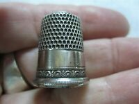 ANTIQUE SIMONS BRO & CO. STERLING SILVER SEWING THIMBLE W/ FANCY EDGE ~ SIZE 10