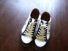 LACOSTE Men's leather casual shoes Size 9