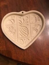 Pampered Chef Stoneware Heart Shaped Cookie Mold