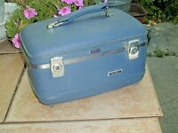 "Vanity Case, American Tourister~Blue, Hard Shell 16""X 8"", w Key, No Mirror"