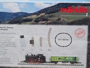 Marklin Z-scale KULT Starter set 5 Pole BR 89 Steam locomotive, car & track NEW