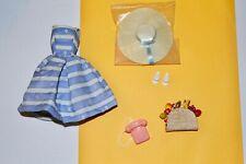 VINTAGE REPRO BARBIE SUBURBAN SHOPPER FASHION DRESS , SHOES, BAG, HAT. MINT COND