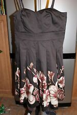 New RW&CO Womens Dress Size 4 NWT   The second item ship for free