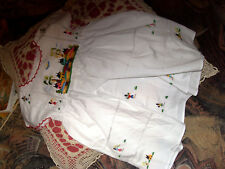 robe blanche brodée enfant poupon poupée ancienne TBE
