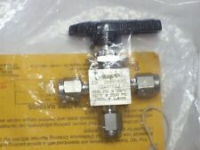 """New listing 1 - Swagelok Stainless Steel 3-Way Ball Valve, 1/8"""" Tube, Ss-41Xs2"""