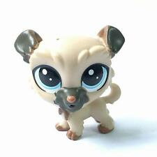 Littlest Pet Shop LPS Puppy Dog Elvy Wheaten figure in the City Park #120 toy