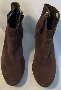 Crocs Women Leigh Women's Brown Suede Wedge Ankle Chukka Boots Size 7.5 EUC