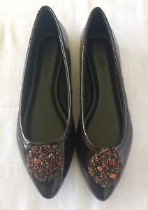 Lindsay Phillips Charlotte Brown Size 6.5 Snap Shoe. NEW!!!