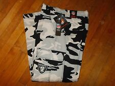 NWTS NFL OAKLAND RAIDERS Camo Cargo FLEECE Lined Pants Size 36W X 30L Men's